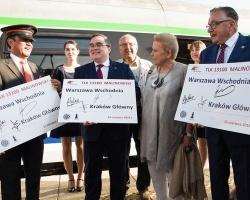 Uroczysty przejazd pociągu TLK Malinowski