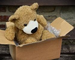 Niemal połowa polskich konsumentów deklaruje chęć wysyłki prezentów świątecznych