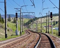 Wpływ wykorzystania przeciągarki wagonowej na efektywność i koszty procesów załadunku wagonów kolejowych