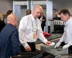 Poczta Polska zapewni bezpieczeństwo na lotnisku w Katowicach