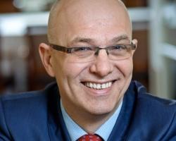 """""""Standardy GS1 to kamienie milowe dla naszej branży"""" - rozmowa z Grzegorzem Lichocikiem, Prezesem Dachser w Polsce"""