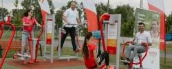 PKN ORLEN uruchamia siłownie plenerowe na swoich stacjach