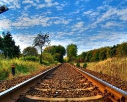 Koncepcje zwiększenia poziomu bezpieczeństwa na przejazdach kolejowych