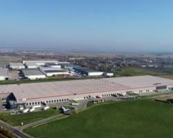 33 000 m kw. dla DSV Solutions