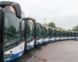 38 nowych przegubowych Solarisów w Krakowie
