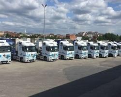 Ekol wzmacnia swoją flotę  przyjaznymi dla środowiska i kierowców ciągnikami Mercedes-Benz Actros