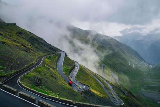 Nowelizacja prawa o ruchu drogowym zwiększy bezpieczeństwo na drogach