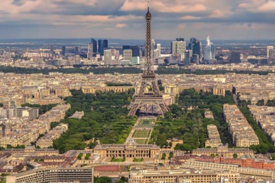 Ekoenergetyka-Polska realizuje kontrakt na infrastrukturę ładowania autobusów w Paryżu