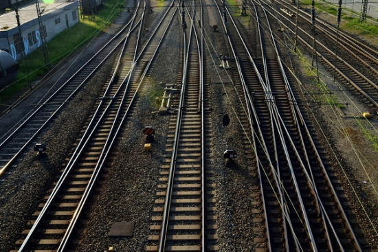 Transport kolejowy a pandemia - spadek przewozów osób i towarów