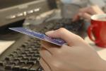 Polacy coraz chętniej kupują w internecie i płacą cyfrowo