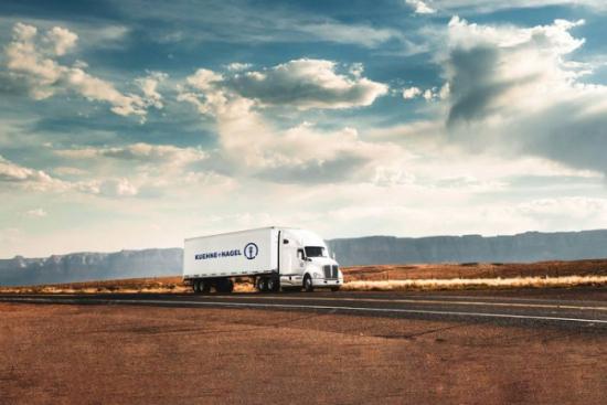Kuehne+Nagel finalizuje przejęcie firmy Apex i zostaje liderem rynku przewozów transpacyficznych