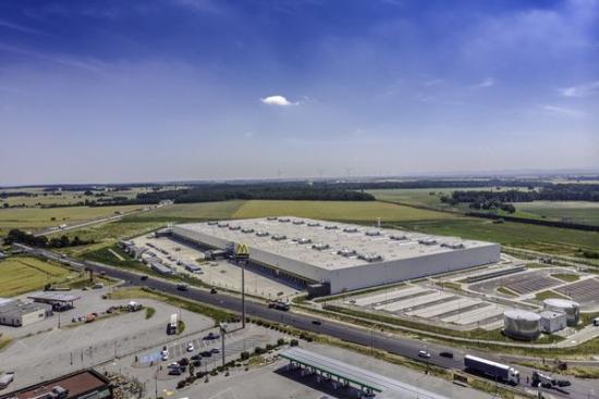 Chińska spółka kupiła dwa centra dystrybucyjne w Polsce