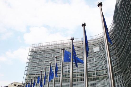 Komisja Europarlamentu poparła nowe przepisy dotyczące pakietu mobilności