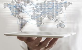 Gigant e-commerce IdoSell integruje się z Frisbo